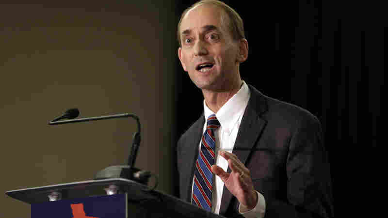 Missouri Auditor Tom Schweich committed suicide following political attacks during his campaign for governor. His press secretary, Spence Jackson, committed suicide just one month later.