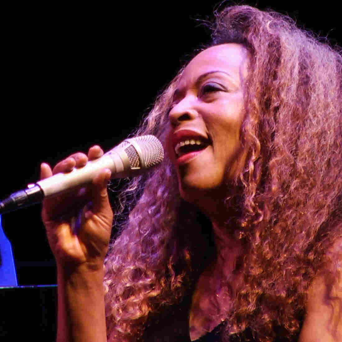 Cassanda Wilson sings Billie Holiday at the Kennedy Center.