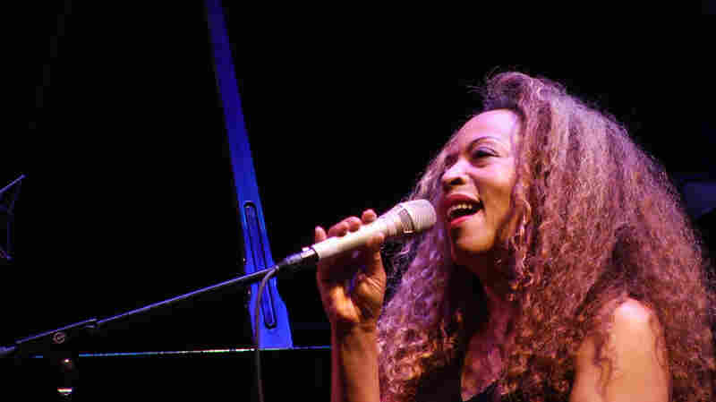 Cassandra Wilson Sings Billie Holiday