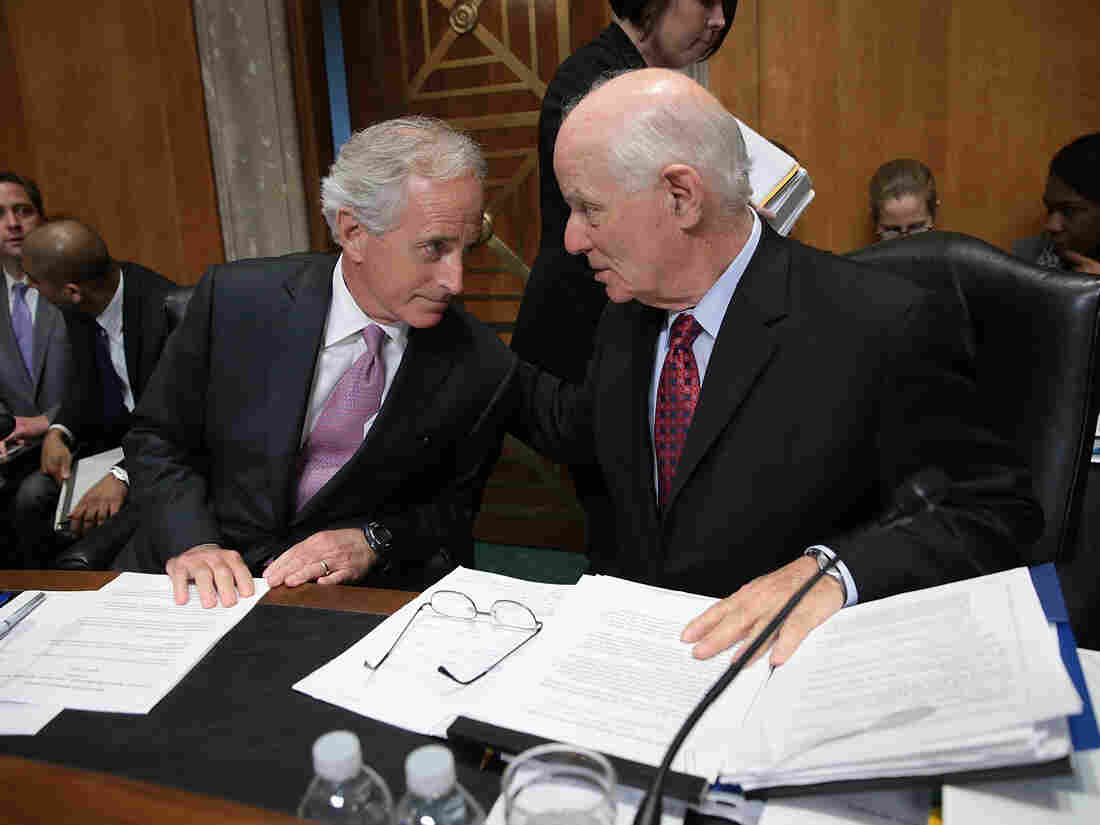 Cardin, right, confers with Senate Foreign Relations Committee Chairman Sen. Bob Corker, R-Tenn. during a committee markup meeting on the proposed nuclear agreement with Iran Tuesday.