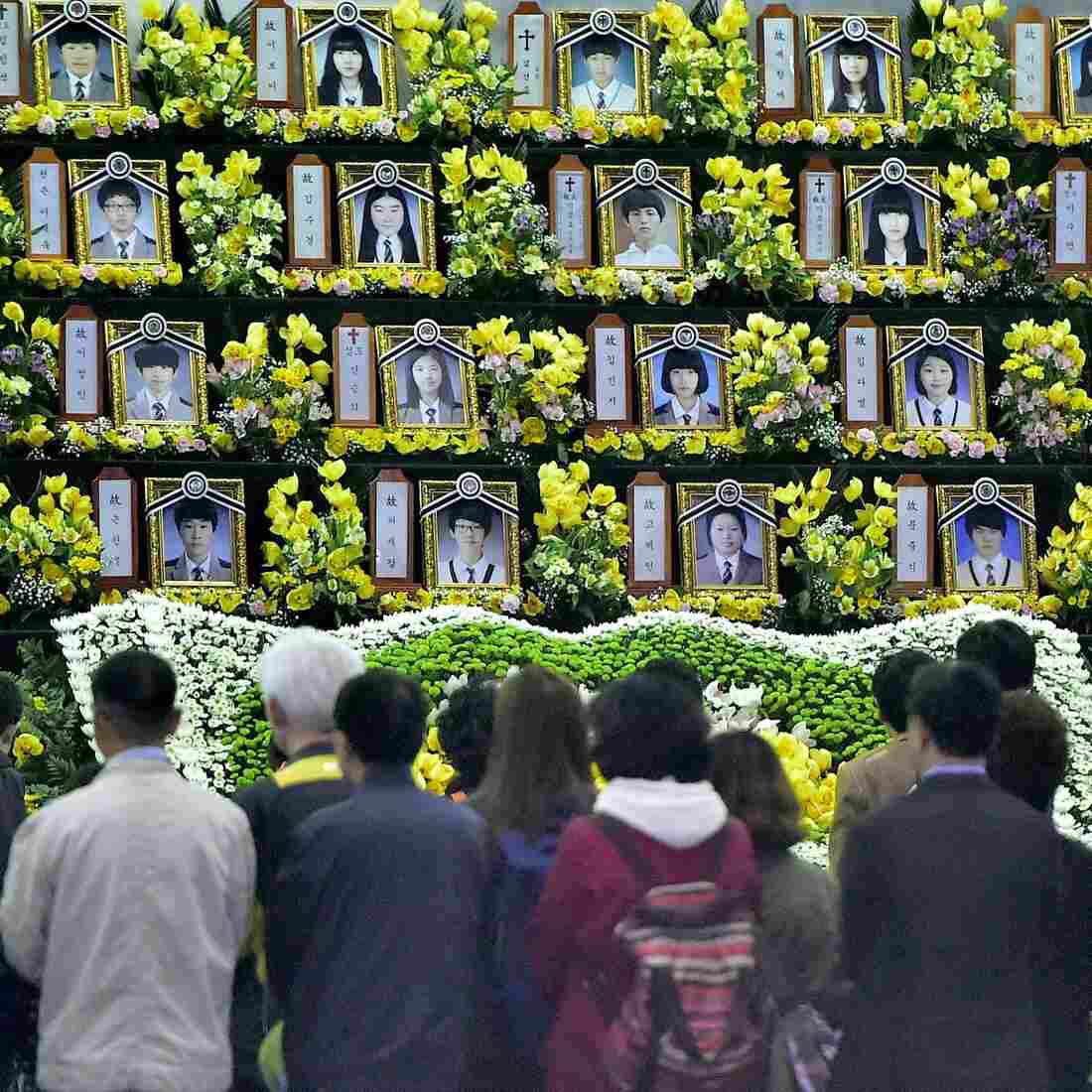 South Korean President Promises To Raise Sewol Ferry, One Year After Tragedy
