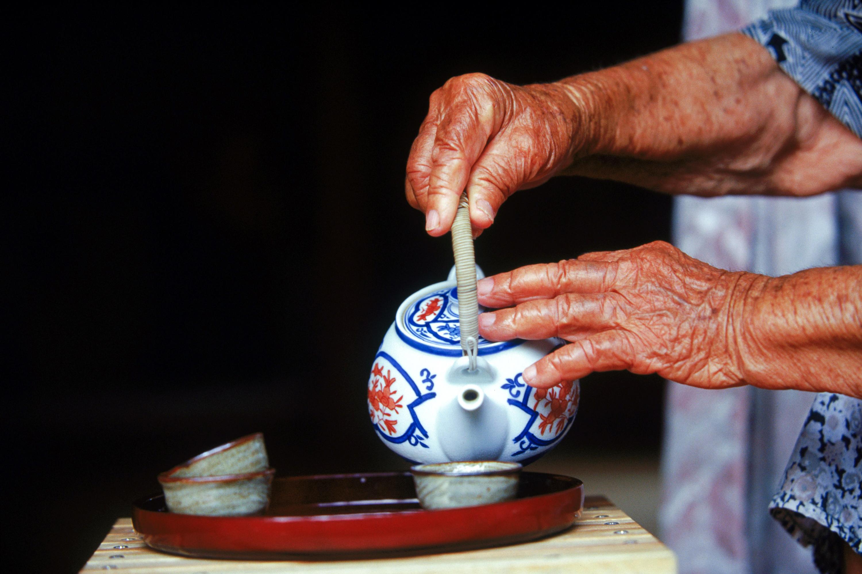 Tea Tuesdays: Tea-Drinking Tips For A Longer Life