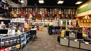 Live At Guitar Center: A Lot Of Noise And A Little Fun