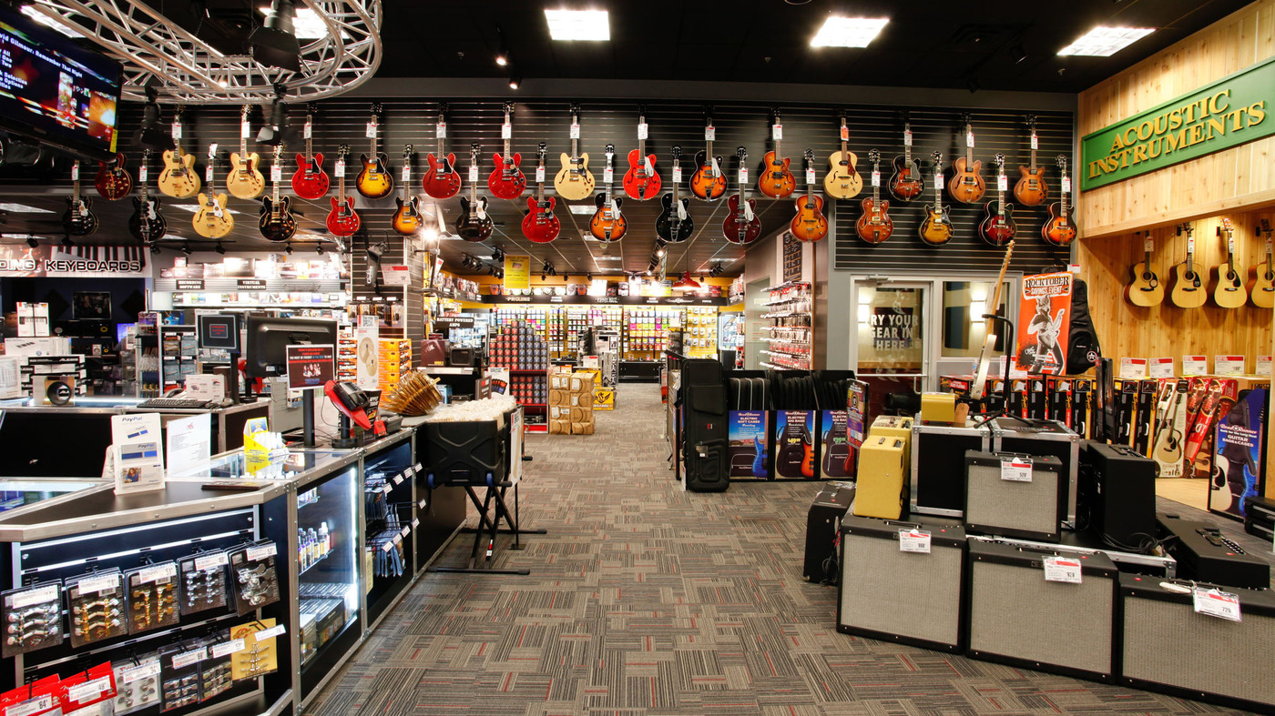 Guitar Center Warehouse : live at guitar center a lot of noise and a little fun npr ~ Vivirlamusica.com Haus und Dekorationen