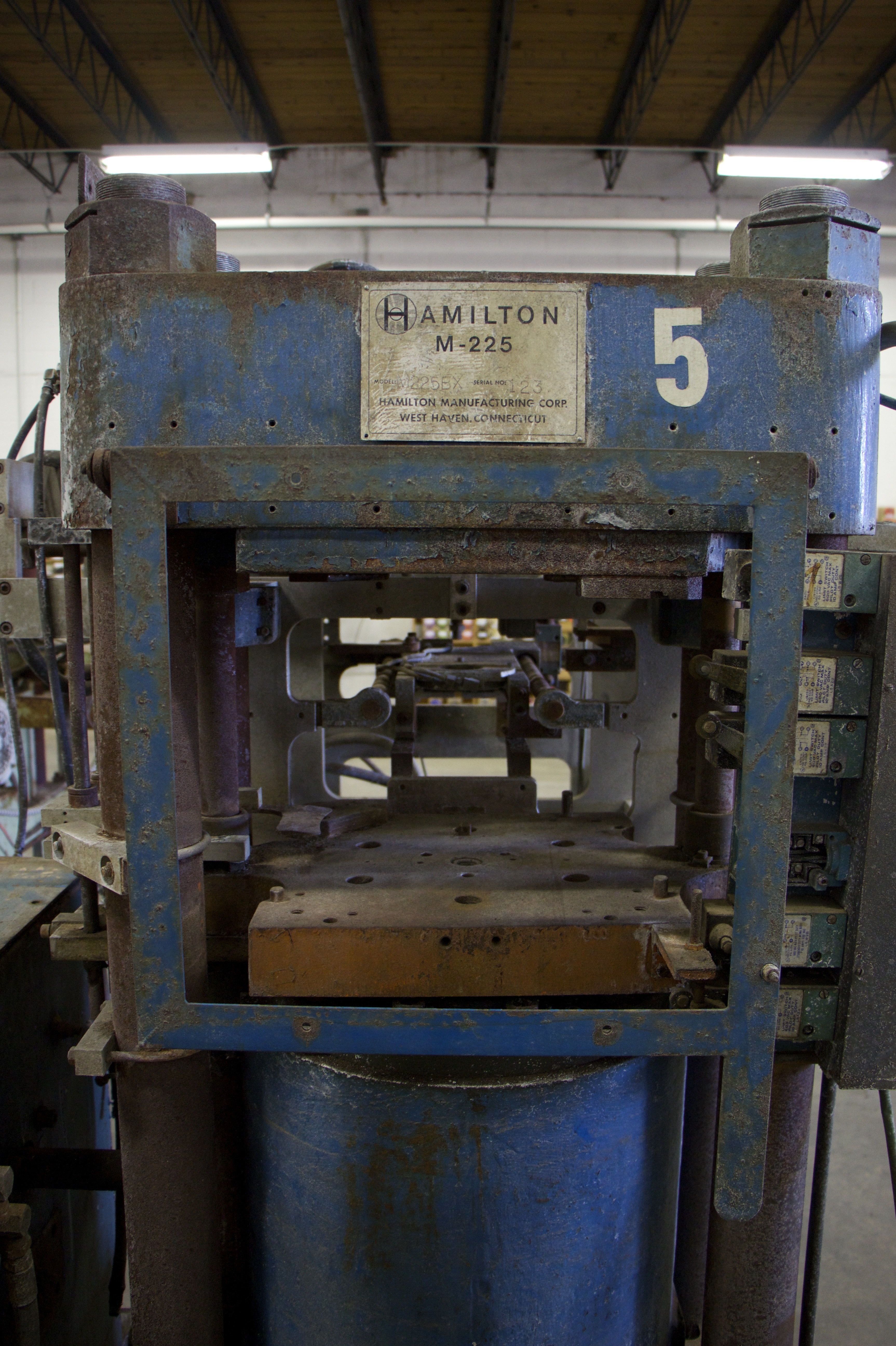 Solving The Vinyl Comeback's Big Problem, One Antique Machine At A Time