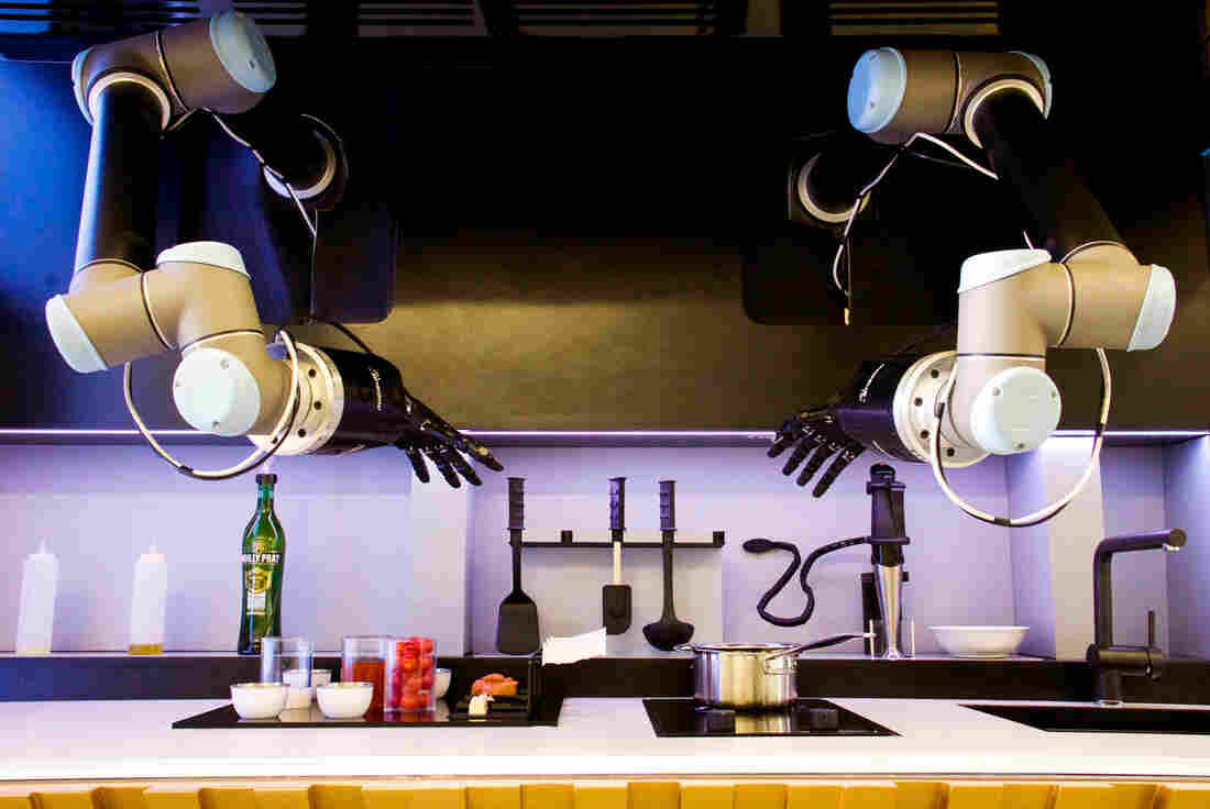 This robot chef has mastered crab bisque the salt npr for Robot cuisine chef