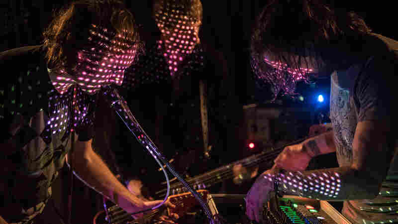 A Place To Bury Strangers, 'Now It's Over' (Live)