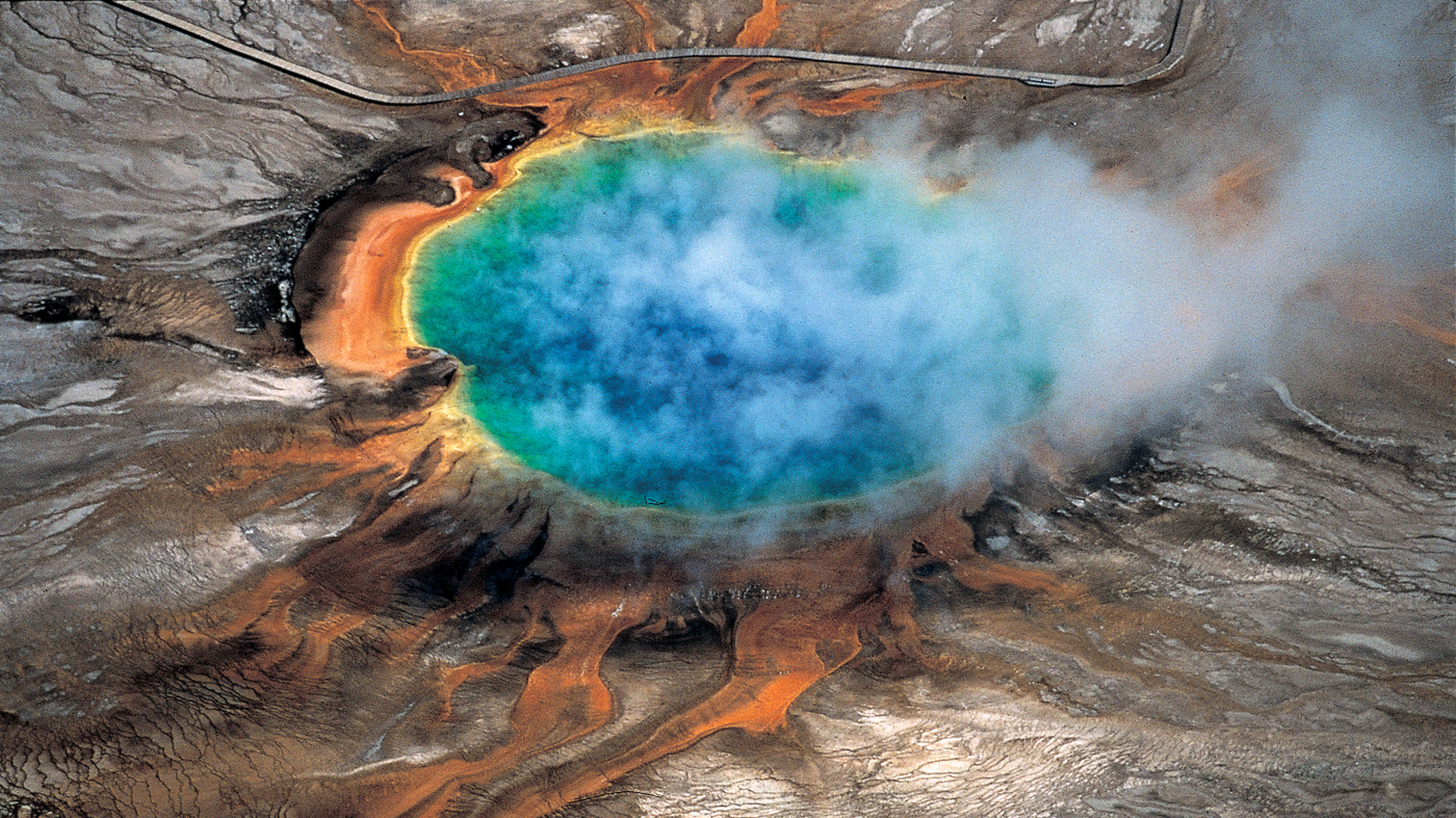 Scientists Discover Massive New Magma Chamber Under Yellowstone