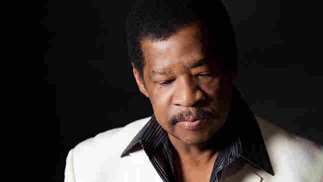 The 71-year-old soul-singer Jerry Lawson had spent three months in a hospital due to an infected esophagus, and when got out, he wasn't sure how his voice would sound.