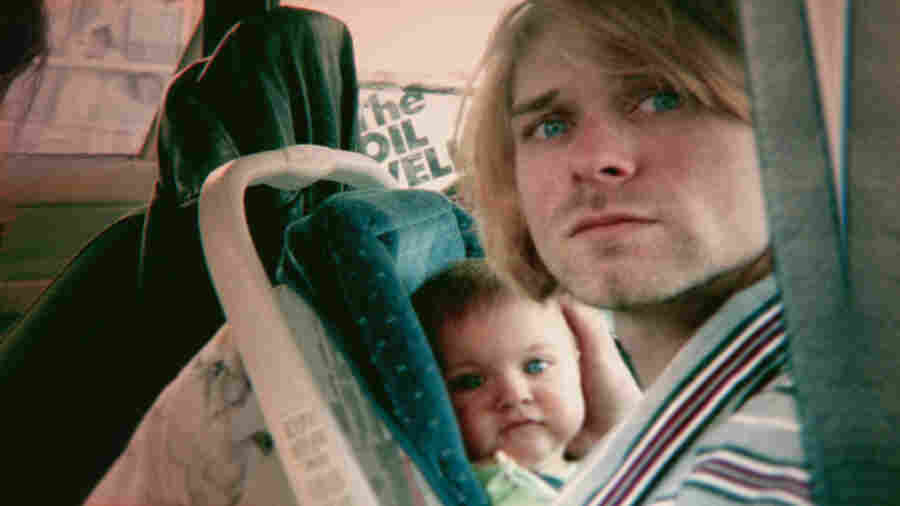 Kurt Cobain with daughter Frances.