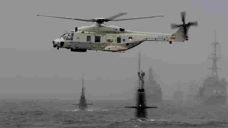 Helicopter belonging to the Netherlands participates in NATO's Dynamic Mongoose anti-submarine exercise in the North Sea, off the coast of Norway, on May 4, 2015.