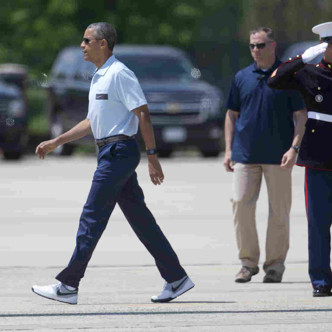 Obama Laces Up To Tout Asian Trade Deal At Nike