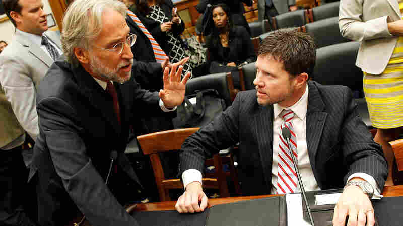 Neil Portnow (left), President and COO of The Recording Academy, talks with Lee Thomas Miller, head of the Nashville Songwriters Association International, at a music licensing hearing in 2014.
