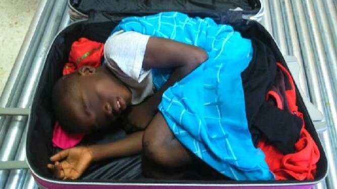 Spanish Customs Officials Foil Attempt To Smuggle Boy In Suitcase ...