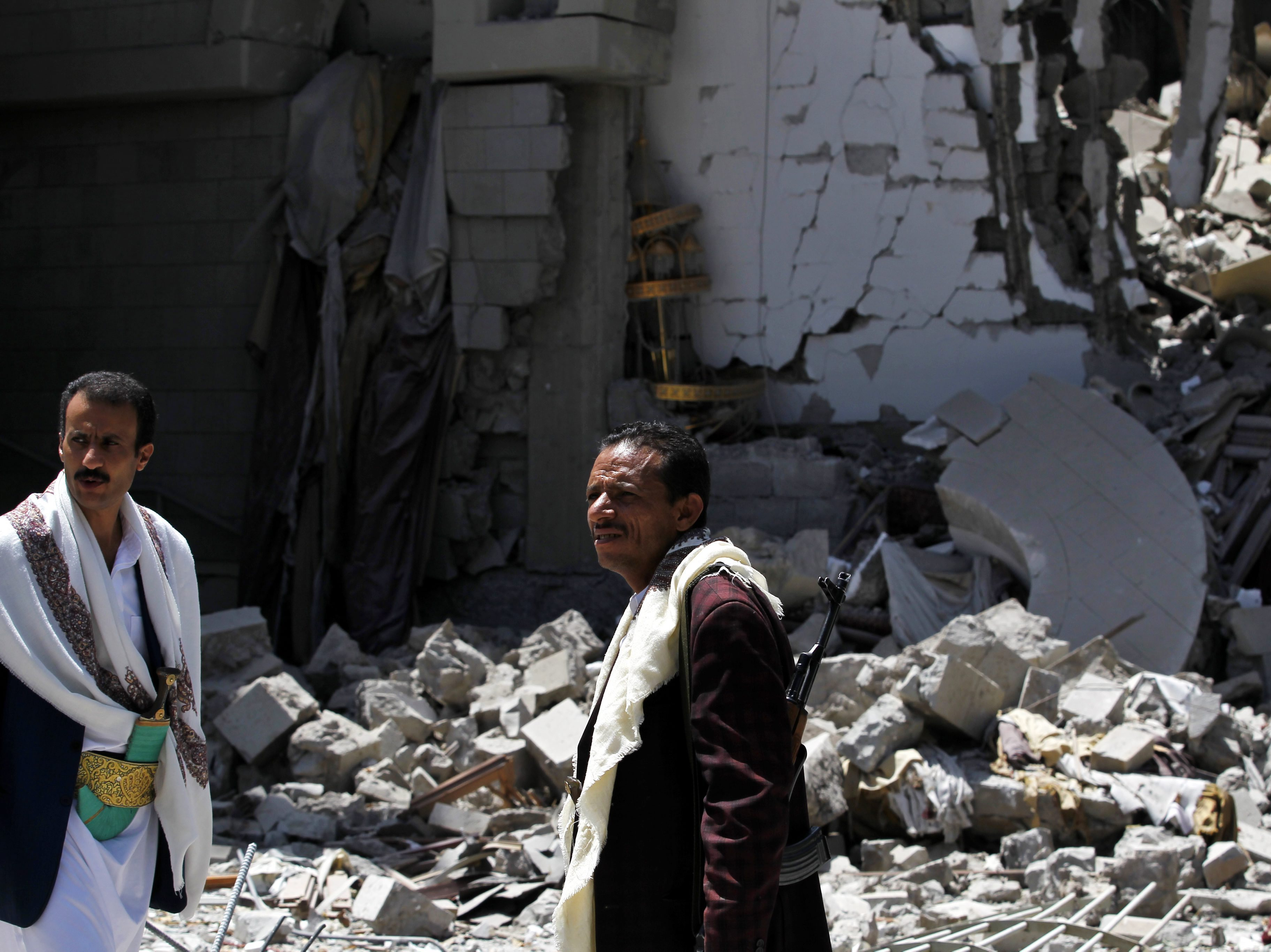 Yemen's Houthis Agree To 5-Day Cease-Fire To Allow Humanitarian Aid