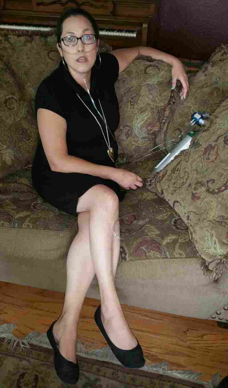 Stephanie Packer, 32, is terminally ill with the autoimmune disease scleroderma.