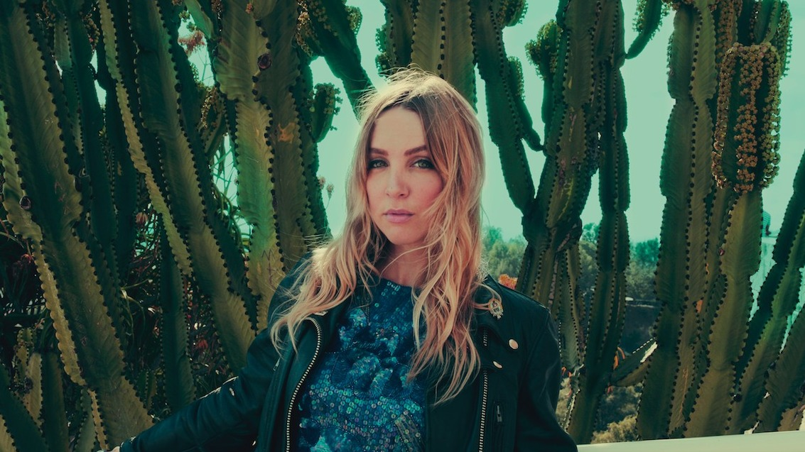 Songs We Love: The Mynabirds, 'Semantics'