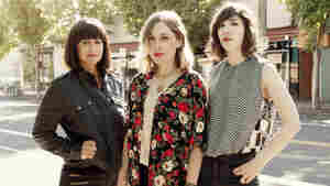 Sleater-Kinney On World Cafe