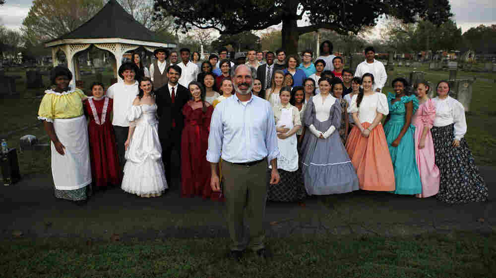 Through Performance, Mississippi Students Honor Long-Forgotten Locals