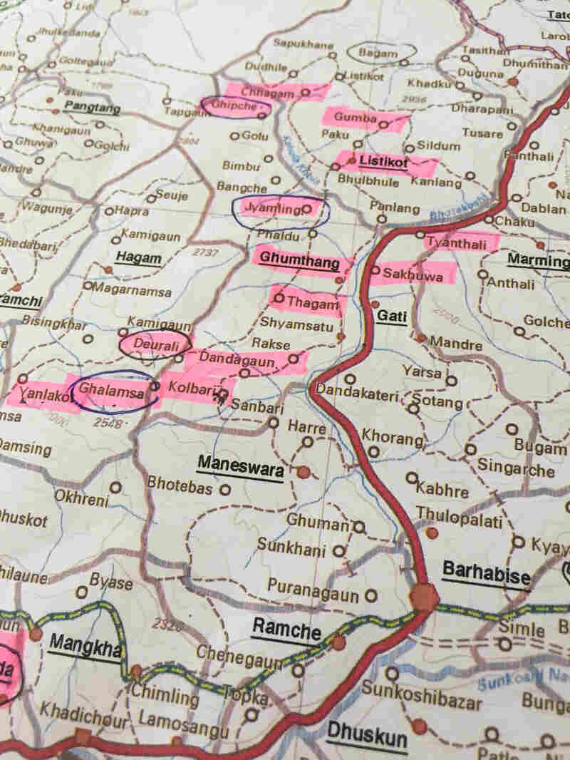 A map of Sindhupalchok; the highlighted villages have yet to receive aid.