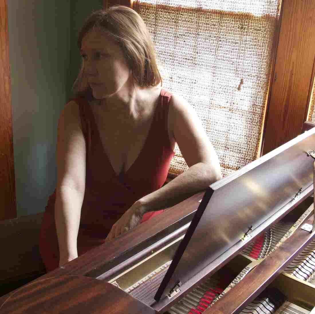 Iris DeMent To Release New Album, 'The Trackless Woods'
