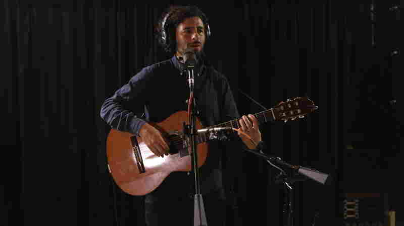 Jose Gonzalez performs live on KCRW's Morning Becomes Eclectic.
