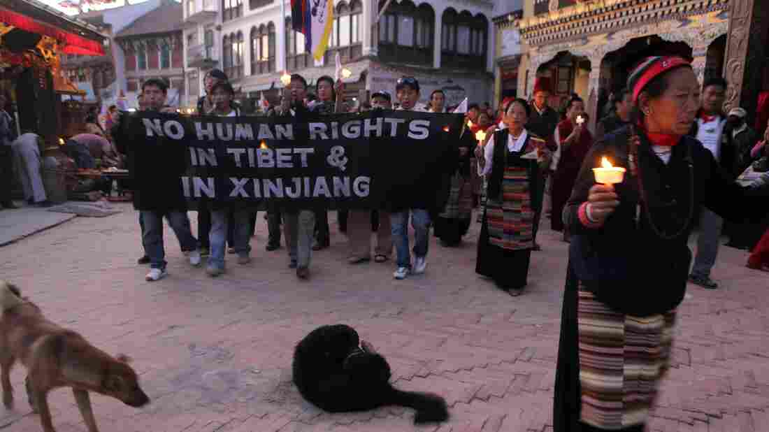 human rights violations america versus china Can the us help advance human rights in china  the united states cannot avoid addressing the most serious human rights violations in china.