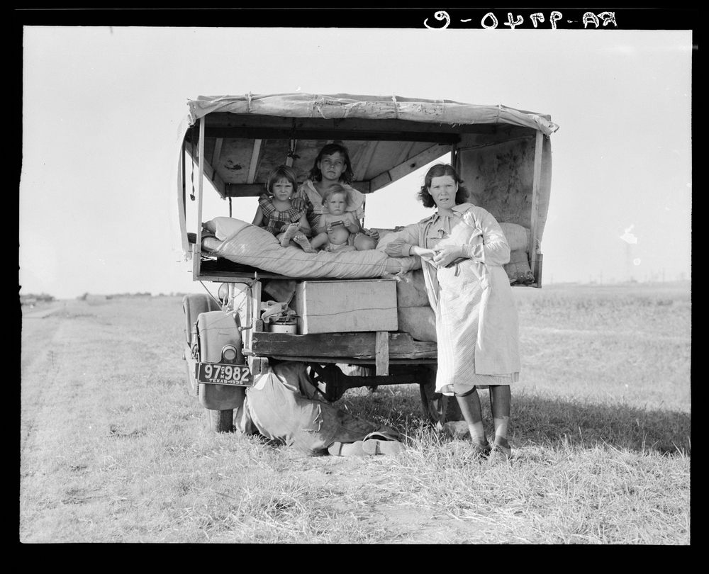 A family traveling between Dallas and Austin, Texas.