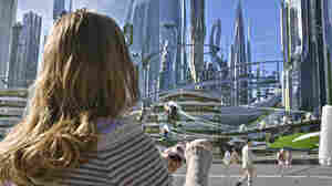 Casey (Britt Robertson) in Tomorrowland.