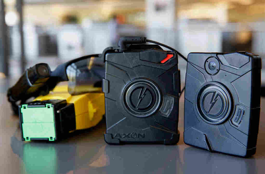 new technology police body worn cameras But a program where police wear body cameras to record their interactions is still a rather new, and little-tested concept two years ago, only a handful of police departments used body worn cameras (bwc.