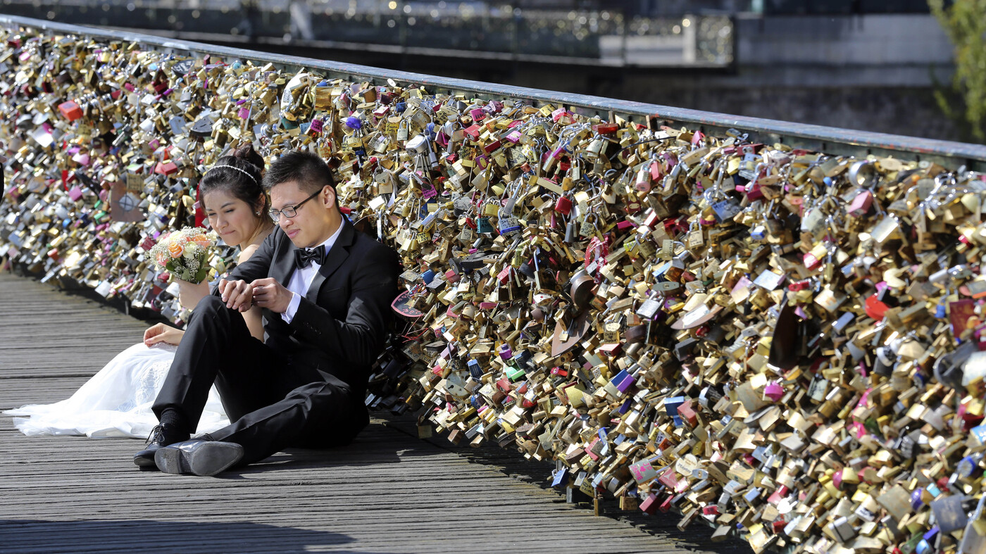 No love lost in paris as love locks to be cut from bridge the no love lost in paris as love locks to be cut from bridge the two way npr biocorpaavc Choice Image