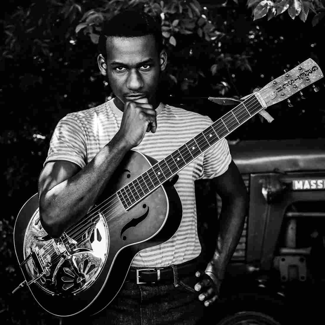 Coming Home Deluxe Leon Bridges: Baldwin And Bridges: Two Artists, Two Debuts, One Fire : NPR