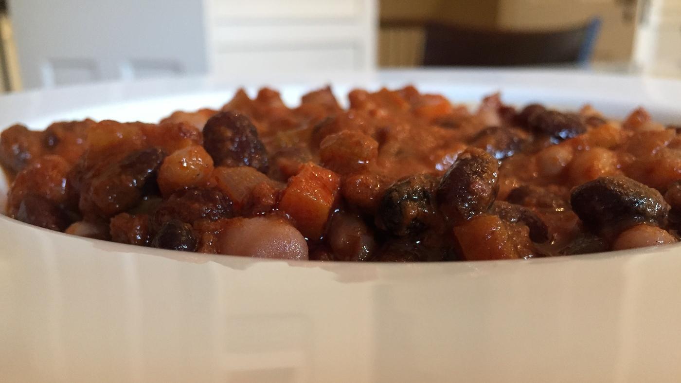 A blue zone worthy recipe guy razs vegan chili npr forumfinder Image collections