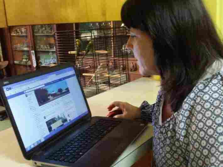 When Betsy Freeman couldn't find enough coverage of her town, she created a community Facebook page.