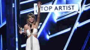 In The Battle Between Taylor Swift And Apple, Swift Didn't Fight Alone
