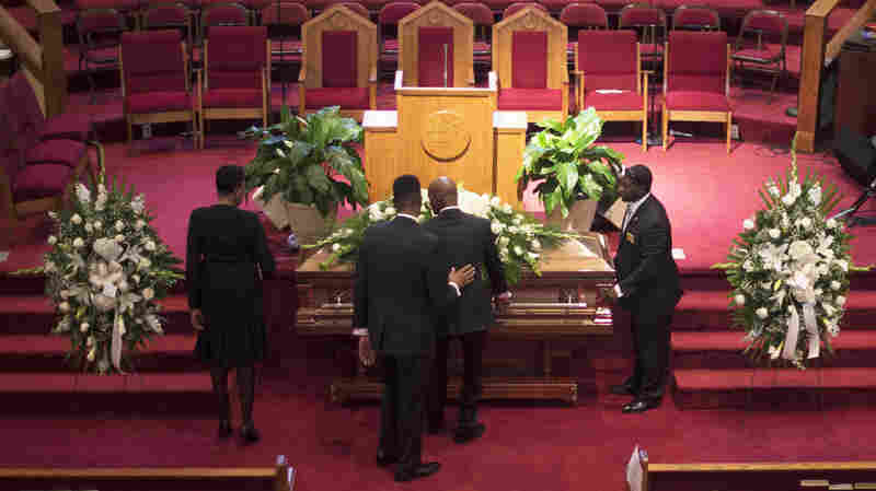 Funerals Begin For Those Slain At Emanuel AME Church