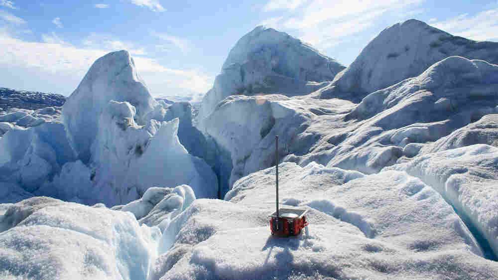 Study Reveals What Happens During A 'Glacial Earthquake'