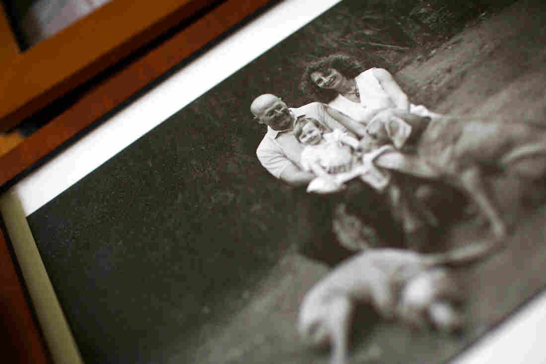 A family portrait of Nora Zamichow, husband Mark Saylor and their daughter, Zia Saylor.