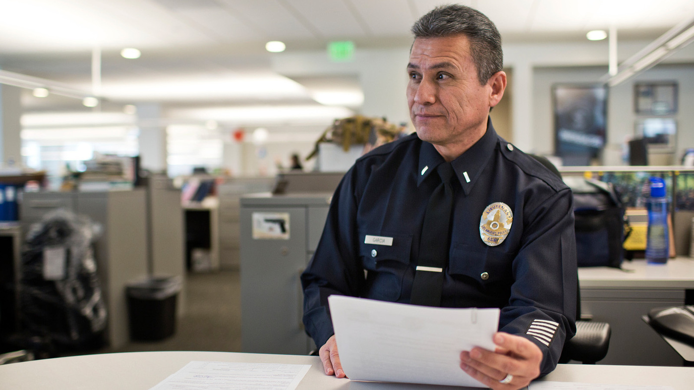 In the last episode of... Lapd-2_wide-e61c6dcb17cd3cc04f0245ad54d99b322feb25ab
