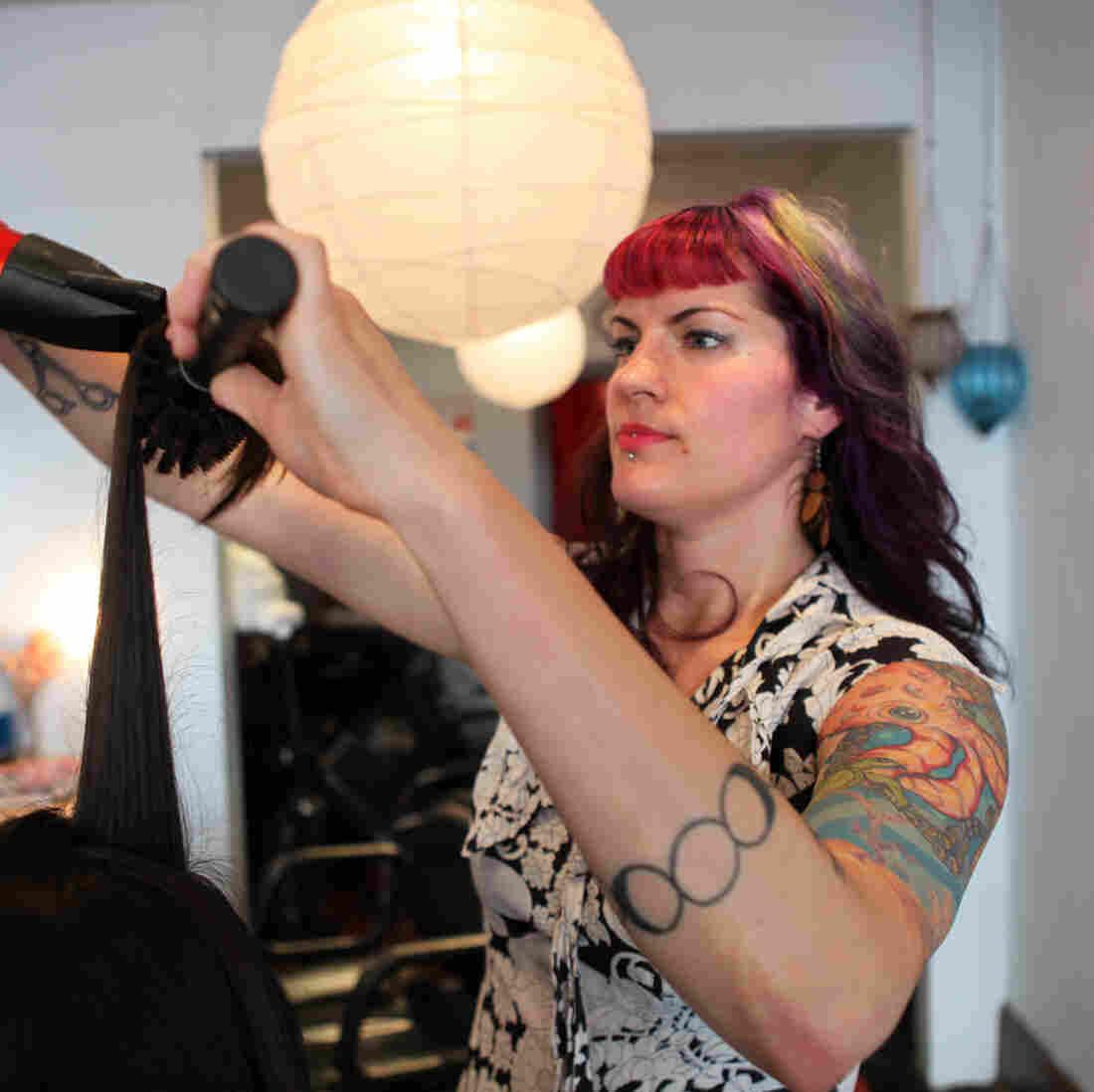 An Explicit Contract Makes Surrogacy Viable For An Oregon Woman