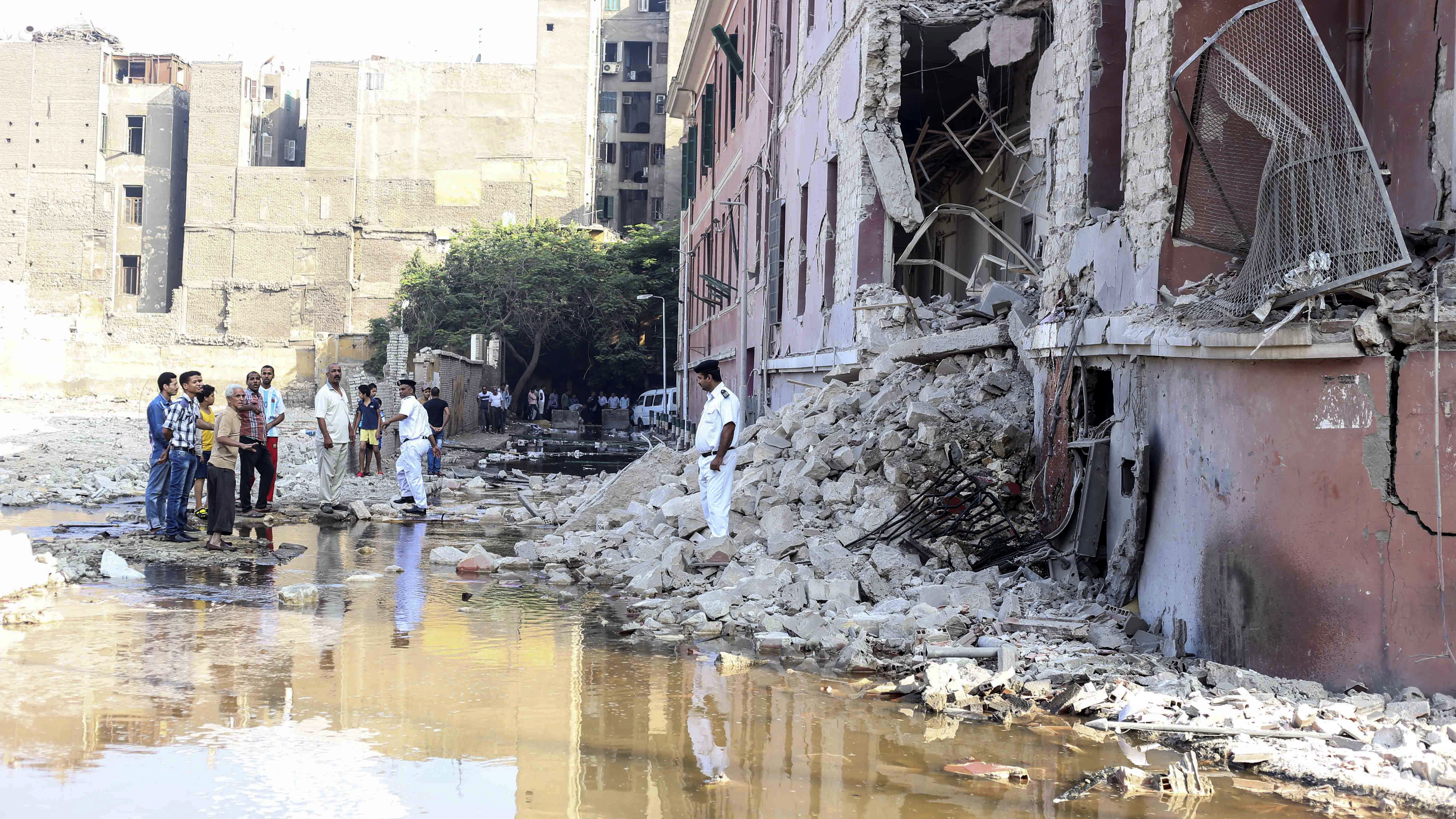 At Least 1 Killed In Blast Outside Italian Consulate In Cairo