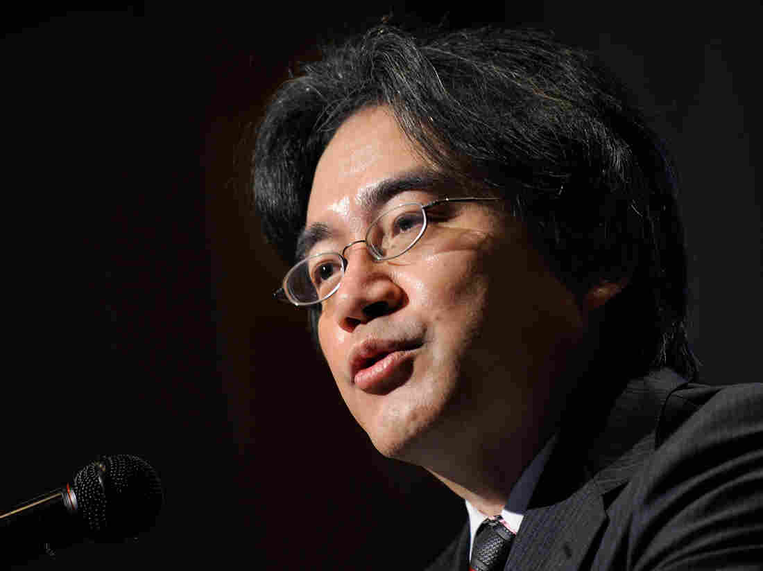 Satoru Iwata, seen here at a press conference in Tokyo in 2009, helped lead Nintendo back to ascendancy in the early 2000s.