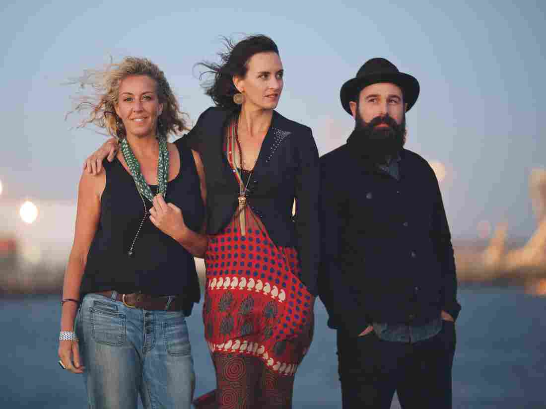 The Waifs.