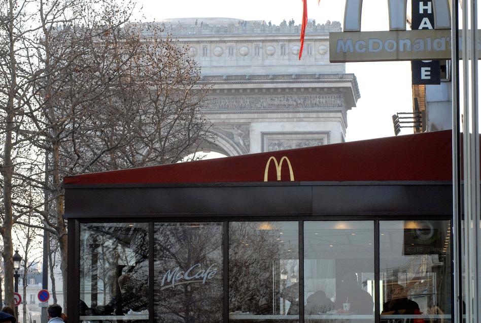 a battle royale to keep mcdonald 39 s out of historic food hub in paris wbur news. Black Bedroom Furniture Sets. Home Design Ideas