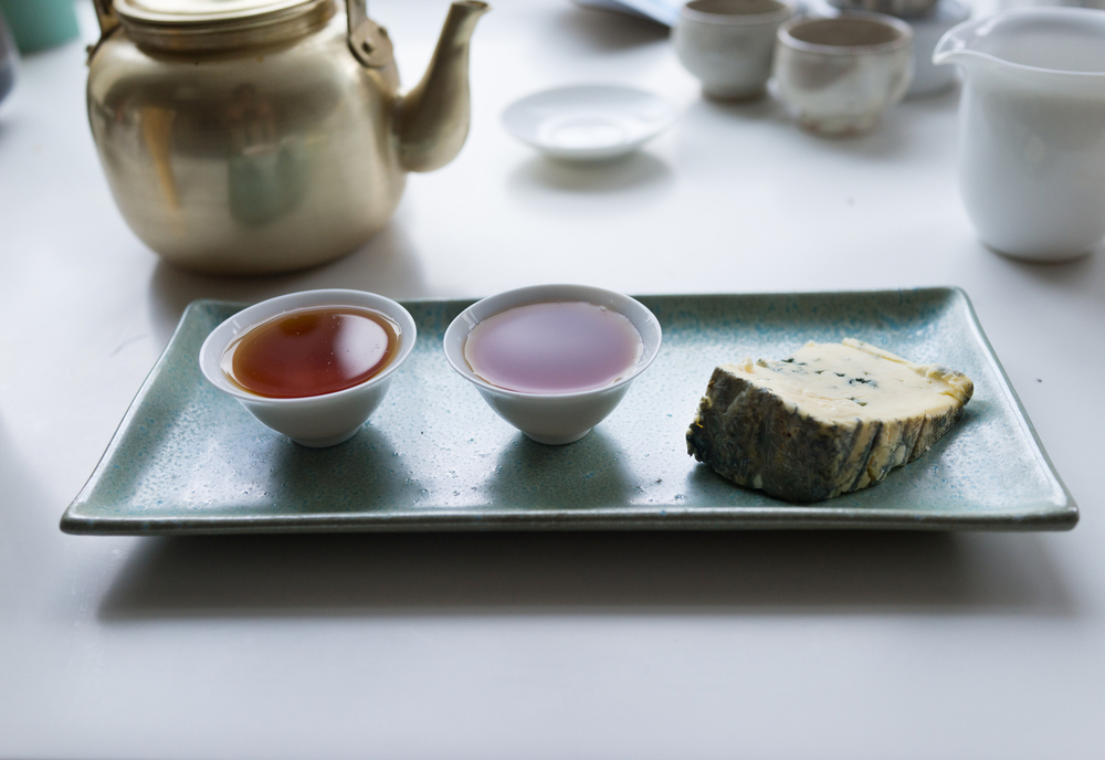 Enjoying wine with cheese is common, but black tea also goes surprisingly well with Chiriboga blue cheese, as shown here.