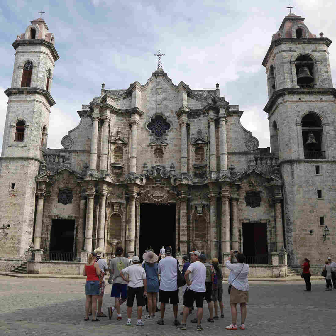 U.S.-Cuba Ties Are Restored, But Most American Tourists Will Have To Wait