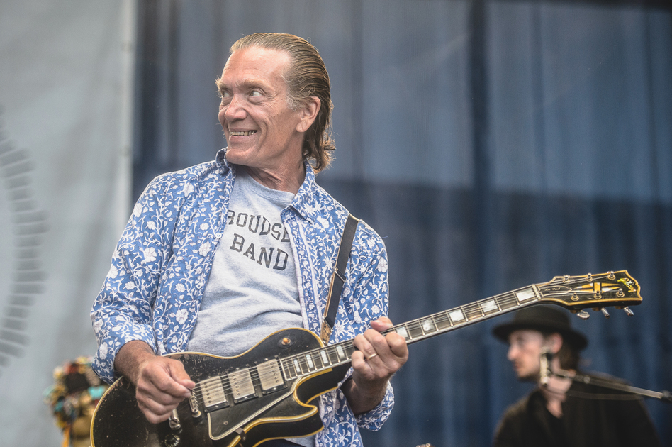 Guitarist G.E. Smith performs with Roger Waters at the 2015 Newport Folk Festival. (Adam Kissick for NPR)