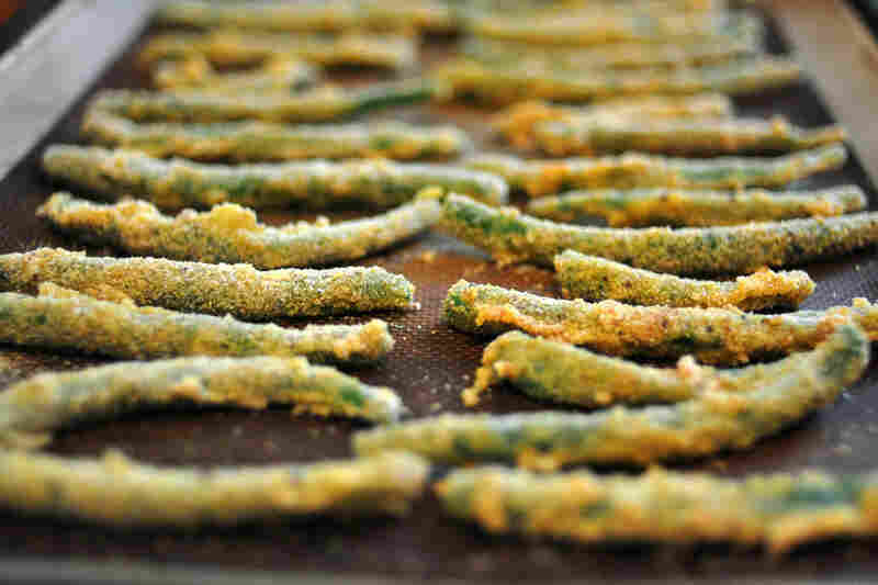 Cornmeal-crusted green beans from the Cheap and Good cookbook.