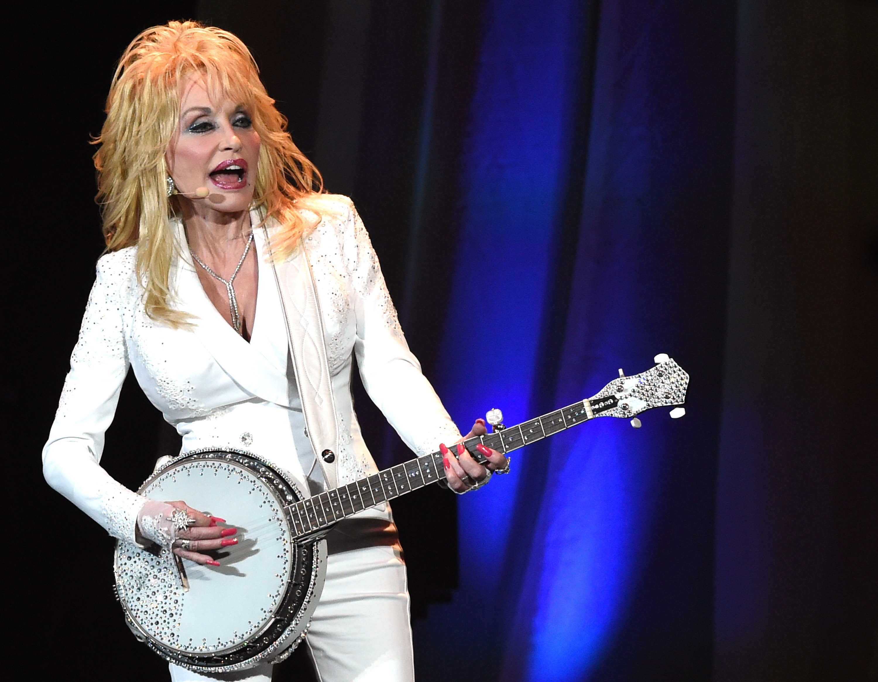 Dolly In Nashville: Authenticity That Makes Room For Rhinestones