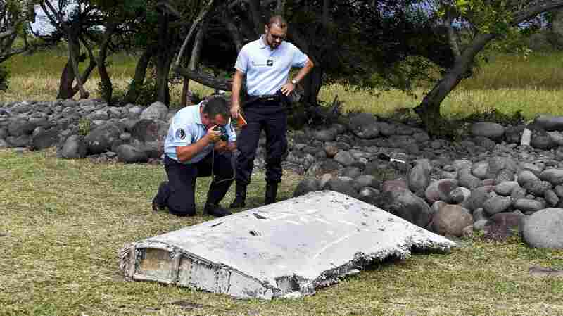 Debris that was found on the Indian Ocean island of Reunion has been determined to belong to a Boeing 777. It is still unclear whether it belongs to Flight MH370.
